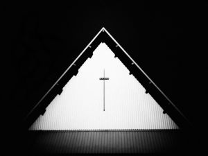 monochrome_church.JPG